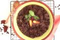 Minestra di fagioli neri, lenticchie e melanzane affumicate